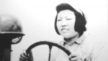 """新中国第一位女拖拉机手梁军:学习时被围观""""女人开火犁""""!"""