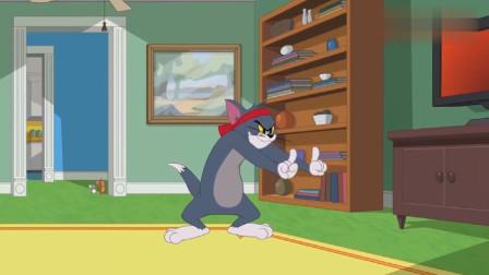 汤姆学会了武术一打三,犹如李小龙在世!