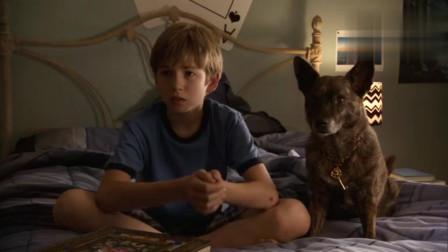 小男孩正在看3d电影,黑巫师就从银幕里钻了出来!