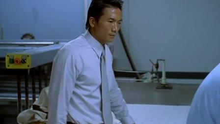"""目露凶光:香港的电影,这么多的""""钱"""",大佬邹兆龙眼神是亮点!"""