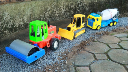 挖掘机 铲土车电动工程施工益智玩具