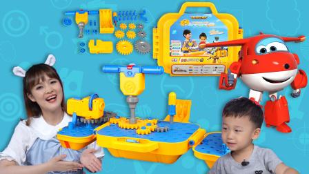 玩具王国 超级飞侠多多工具箱居然是投影仪