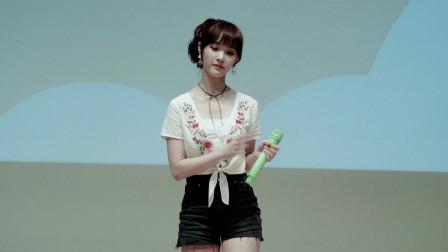 女生演唱韩语歌,感觉好似天籁之音,嗓音真是没得说!