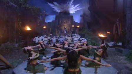 白发魔女重出江湖,一出手实在太可怕了!