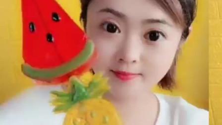 西瓜菠萝草莓味的软糖,你喜欢哪个