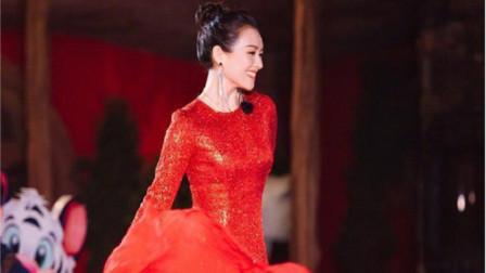 刘涛穿10万长裙惊艳全场!章子怡出现时,才发现何为国色天香