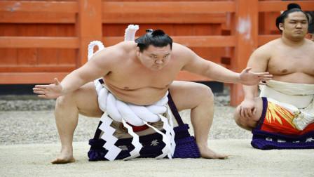 """日本最""""恶心""""职业,帮相扑选手擦屁股,月薪120万你去吗?"""