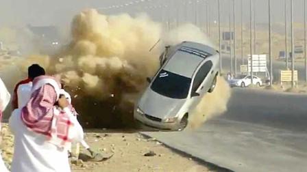 """看完""""阿拉善英雄会"""",是时候见识一下阿拉伯""""死亡漂移""""了!"""