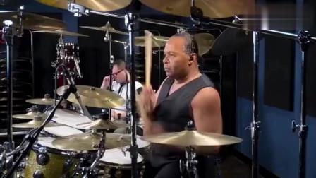 当年杰克逊的御用鼓手,音乐刚响起来,真让人怀念!