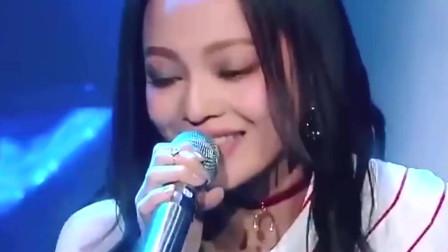 张韶涵现场演唱《追梦赤子心》,讲道理,这现场比原唱好多了