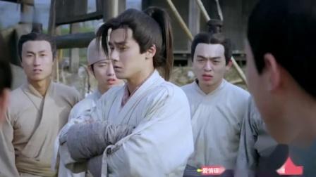 秦时明月:蒋劲夫与一男子在心爱的人面前比武,蒋劲夫竟然耍花招
