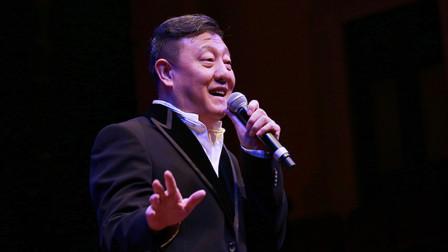 """韩磊这首歌饱含坚韧气概让人震撼,这才是""""帝王""""级别的男人"""