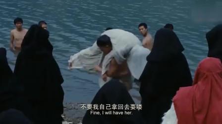 寡妇被村民送湖里殉葬,谁料被无赖救下,无赖:不要我拿回去耍喽