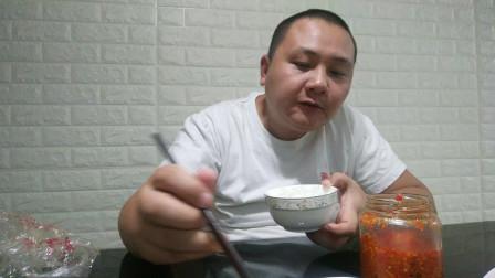 中国吃播vlog1012:辣椒酱最下饭