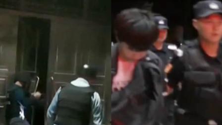 央视曝光扫黑除恶现场:警用破门锤凿开铁门 荷枪实弹抓捕!