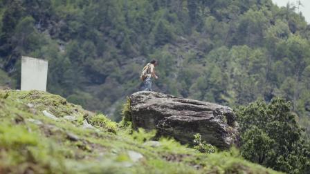 """登顶5396米哈巴雪山,俯瞰""""杜鹃王国""""美如隔世"""
