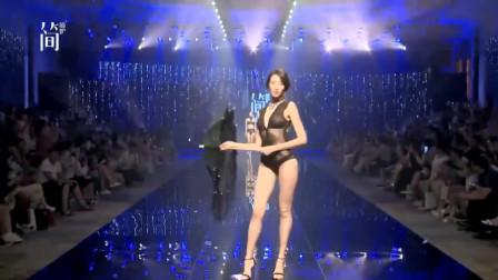 黑色蕾丝连体衣,蕾丝流苏伞,炎炎夏日标配