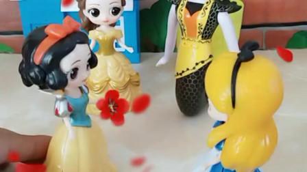育儿亲子游戏玩具:能不能把你们手中的爱心送给灰姑娘妹妹哪
