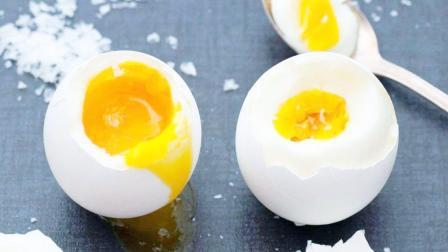 鸡蛋黄蛋白质含量高,吃多了有坏处吗?胆固醇超标的人,要注意看
