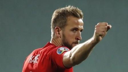国际足球 欧预赛-凯恩3传1射巴克利斯特林双响,英格兰6-0保加利亚