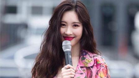 李宣美不愧是韩国女神,一首代表作演唱的全场欢呼,真的太美了!