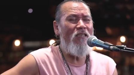 潮流网红爷爷翻唱《后来》,获得了网友的一致好评,唱得太好听了