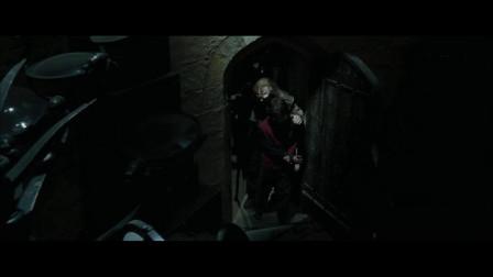 疯眼把哈利波特带回去,给哈利波特说出这一切的,原来这一切都是疯眼干的