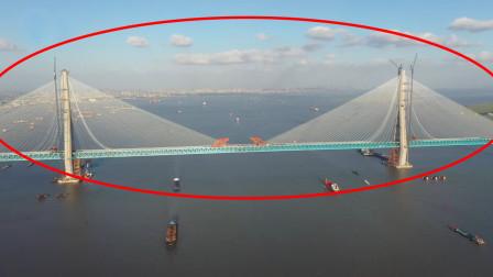 上通汽车下通高铁,这是中国打造的全球最长斜拉桥,横跨整个长江