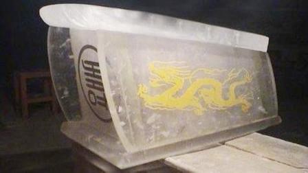 黄河清淤挖出透明棺材,据说是用来镇压龙脉?洪水都冲不动!