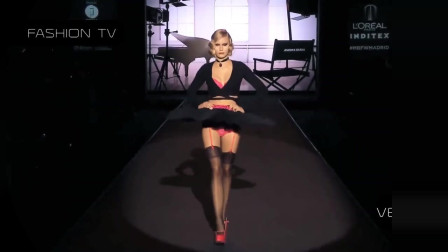 黑色芭蕾舞裙,古典知性的造型