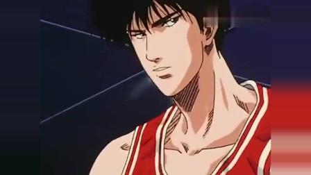灌篮高手-流川枫的啦啦队很夸张,晴子也被迷住了