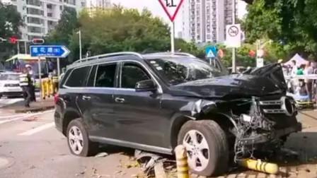 深圳一SUV撞上安全岛3名行人 致2死1伤