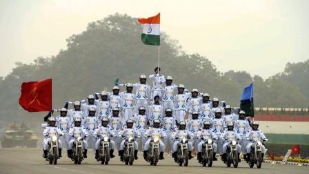 印度看起来这么穷,没武器却以亿为单位,他们的钱哪儿来的?