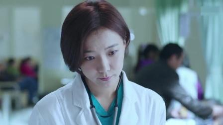 精神病人说自己脸被人换过,医生用笔一试,还真看出