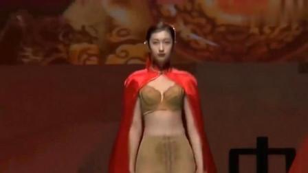 刺绣款红披风,精致又美观,尽显时尚大气!