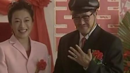 马大帅:自己婚礼还紧张了,马大帅这词儿念得磕磕碰碰!