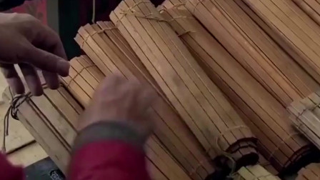 楚汉传奇:韩信和老百姓打架理应当斩,哪想自己的书文救了自己一命
