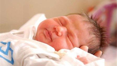 """新生儿出生后,耳朵上的""""聪明孔""""能挤吗?新手爸妈可能得了解下"""
