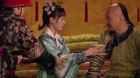 甄嬛传:皇帝给甄嬛准备了饺子,没想甄嬛尝了一口就吐了出来
