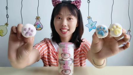 """美食拆箱:妹子吃""""猫爪棉花糖"""",可爱萌趣好喜欢,软糯又香甜"""