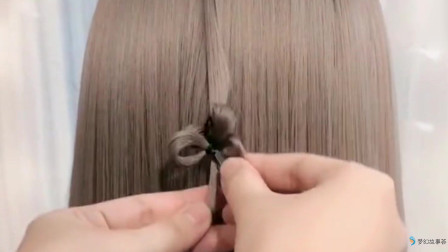 超美四叶草发型,喜欢的美女都可以试试!