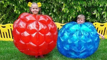 超好玩!萌宝小萝莉和哥哥怎么变成一个球?可是最后谁赢了游戏?儿童亲子趣味游戏玩具故事