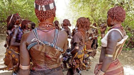 """非洲最残忍原始部落:女性为爱""""皮抽鞭打""""伤痕累累,还以此为荣"""