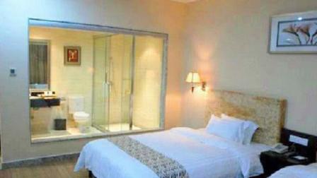 为什么女生单独住酒店时晚上睡觉一定不要关厕所的灯