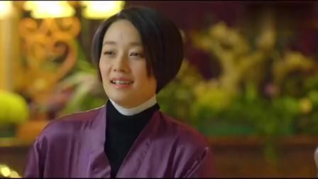 中国式关系:生意人不断给大叔敬酒,大叔受不了,出来吃东西!