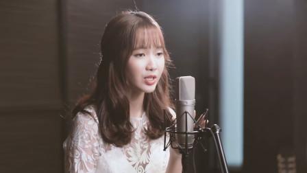 《左手指月》的3个翻唱,黄霄云最好听,越南版仙气足
