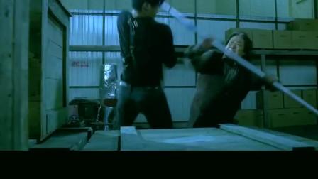 夺帅:一寸长一寸强,蓝发吴京对决洪金宝,顶级武打震撼眼球!