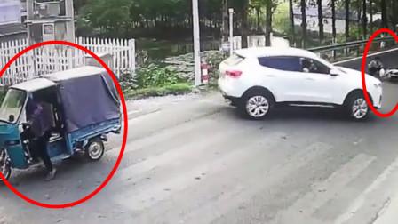 安徽一辆三轮车被追尾 离开后无责变有责