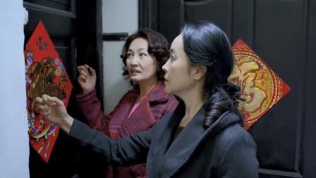 婚姻历险记:俩大妈一看闺女一看崽,没想竟敲同间门,有好戏看了