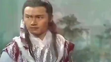 射雕英雄传:黄老邪的弟子陆乘风出手大败杨康九阴白骨爪